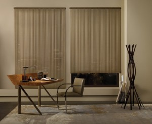 Alustra Screen Shades with Chelsea-min